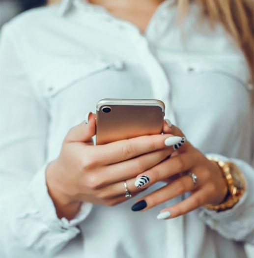 Lembretes por mensagens SMS e e-mail