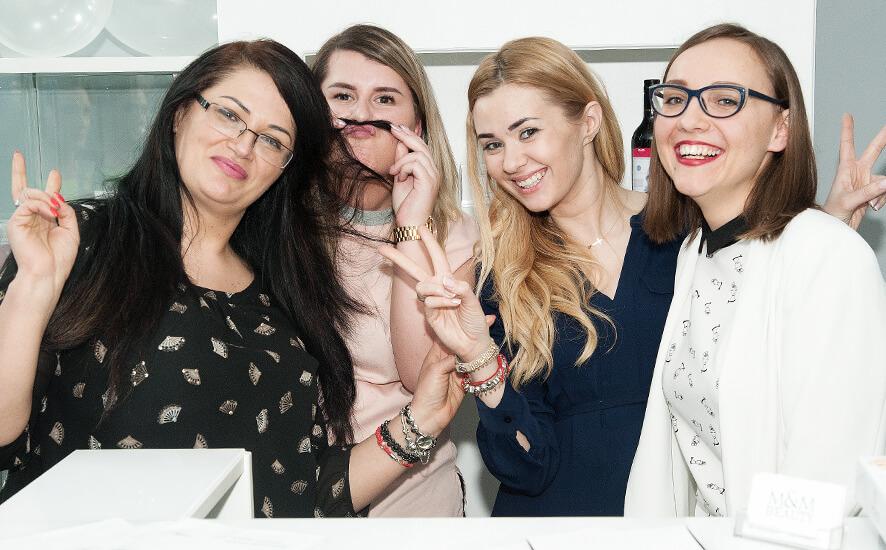 m&m beauty team smiling testimonial