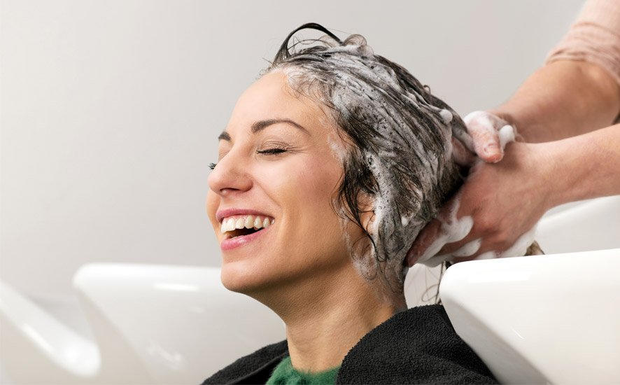Hair salon conversation topics | How to talk to clients in the salon?