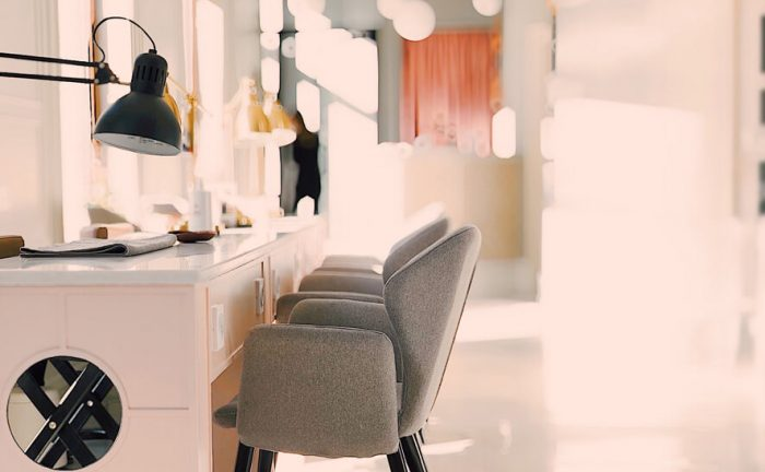 10 Tips from Interior Designers to make your small salon feel more spacious