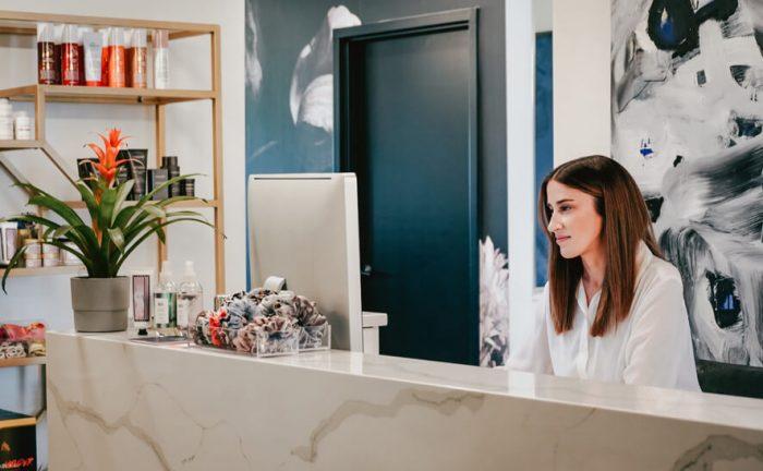 receptionist in a beauty salon